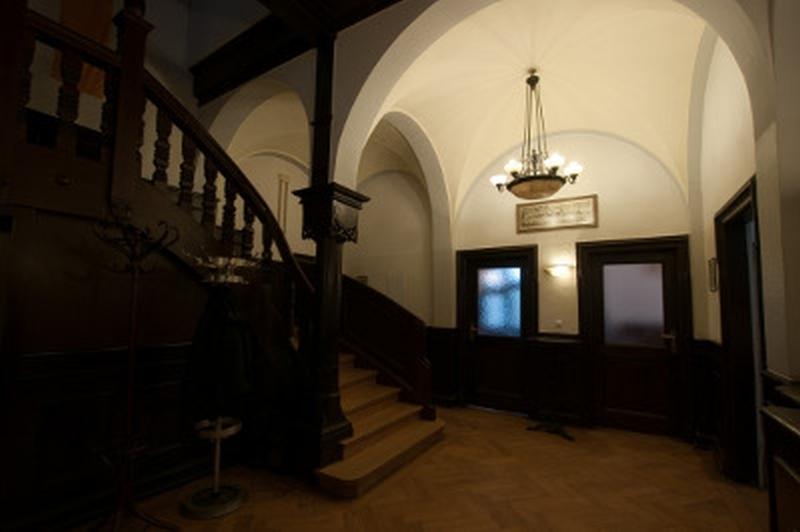 Corpshaus14